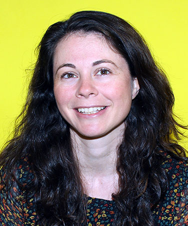 Susie Armitage, Global Managing Editor of BuzzFeed, is a CUNY Graduate School of Journalism alumna, class of 1913.