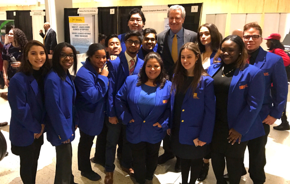 Malave Leadership Academy students with New York Mayor Bill De Blasio in Albany on February 16, 2018