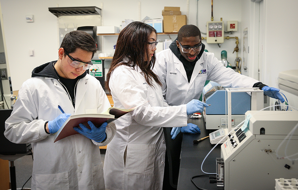Students in a John Jay College science lab